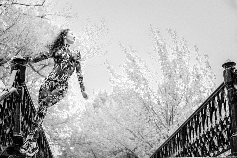 Noted Boston photographer David Lee Black makes black and white fine art photography.